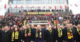 Tarihi Beykoz Stadı Açıldı