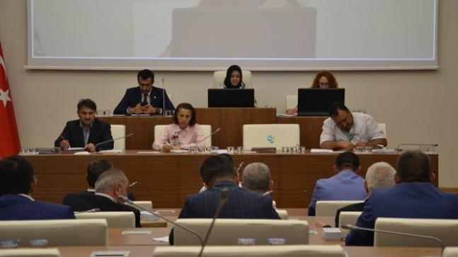 Meclise 'Seçilmiş Başkan İmamoğlu' sözleri damga vurdu