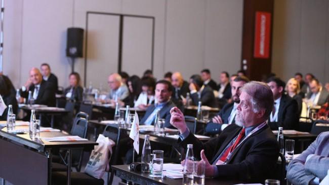 Lojistik sektör temsilcileri ve bilim insanları sektörün geleceği için buluştu