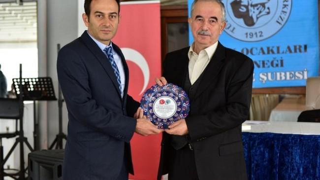 Türk Ocakları Beykoz Şubesi Konferans düzenledi