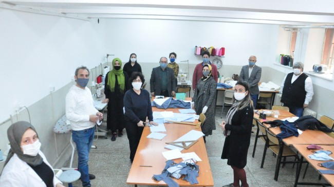 Beykoz Halk Eğitim Merkezi Koruyucu Maske Üretimine Başladı