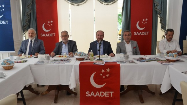 Saadet Partisi İlçe Teşkilatı basınla buluştu