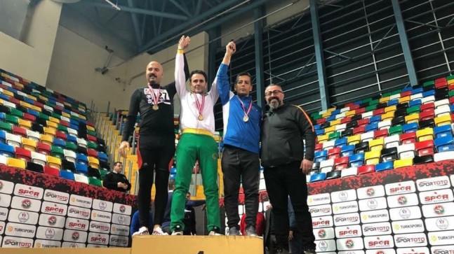 Masterler Salon Atletizm Şampiyonasında Anadoluhisarlı Atletler Rüzgar Gibi…
