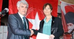 Vatan Partisi'nin Başkan Adayı Esra İspalarlı