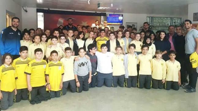 Beykoz Bld.Spor İshakağa Ortaokulunu Ziyaret Etti
