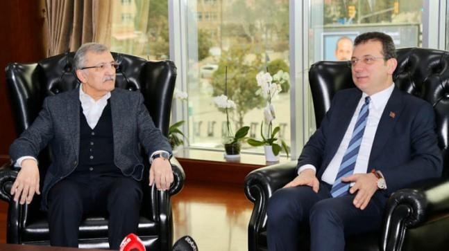 Ekrem İmamoğlu Murat Aydın'ı ziyaret etti.