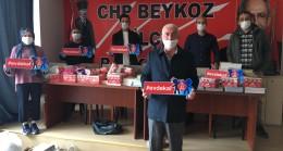 CHP Beykoz 23 Nisan'da çocuklara kitap hediye etti