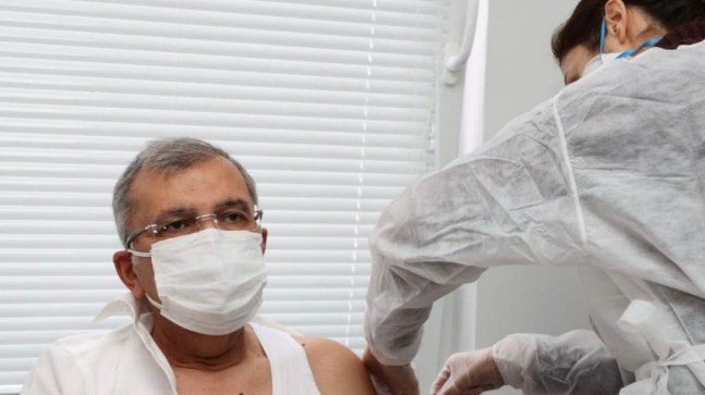 Başkan Murat Aydın Corona Virüsü Aşısı Oldu