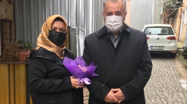 AK kadınlar Beykoz'un mahalle büyüklerini ziyaret etti!