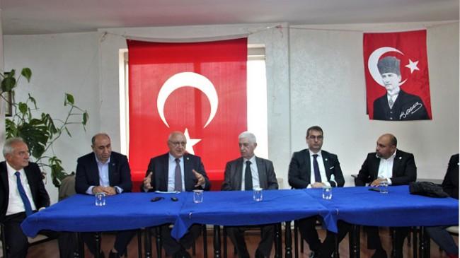 İYİ Parti Beykozlu Doğu Karadenizliler Derneğini Ziyaret Etti
